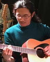ギター・ウクレレ 三留 章嗣 Akitsugu Mitome